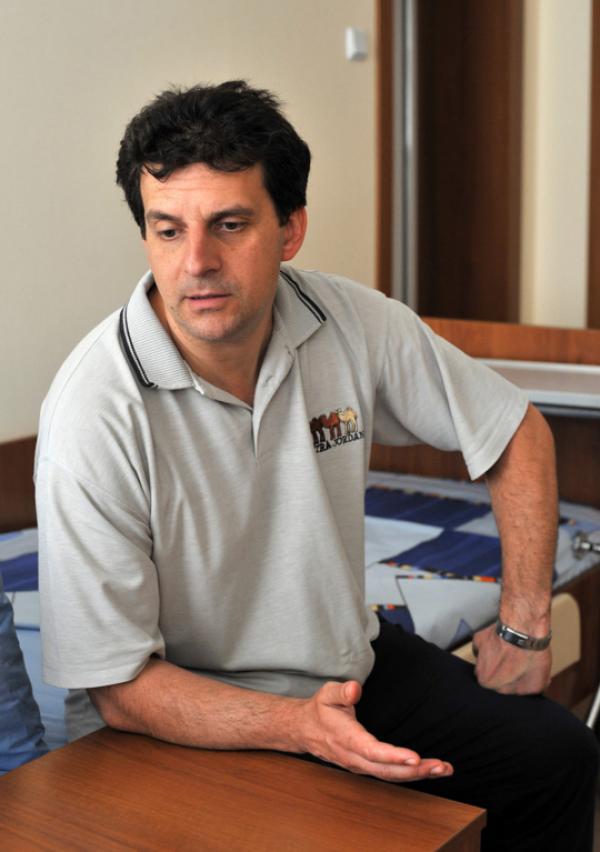 Интервю с д-р Веселин Колчаков: Последна помощ за болните. Лекар планира да открие първата верига хосписи в България за нелечимо болни и възрастни хора
